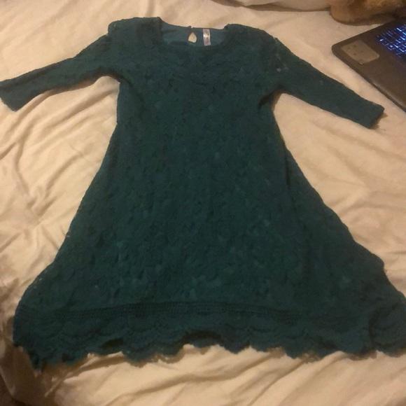 Knitworks Dresses & Skirts - Green lace midi dress